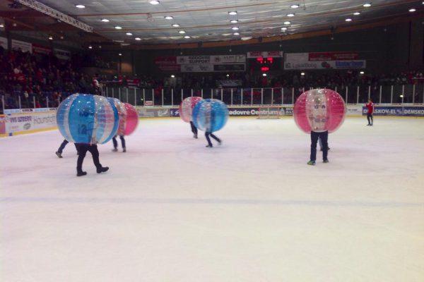 Bumper Balls på is