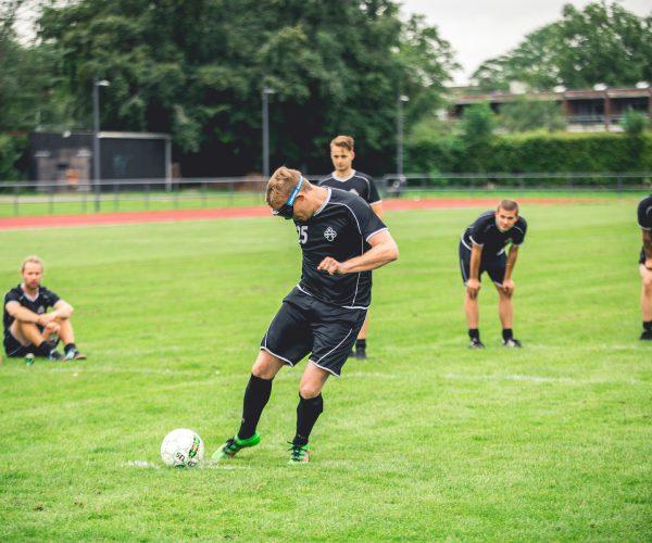 Promillebrille fodboldkamp