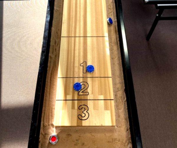 Mellem shuffleboard