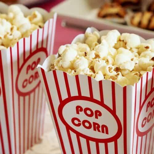 Popcorn i bæger